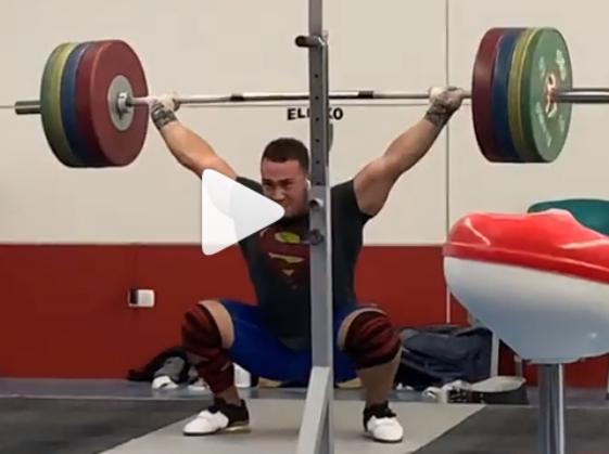 2017 World Weightlifting Champion Arley Mendez Snatches 170 kg, 160 kg for a hang snatch double, and 150 kg for a hang snatch triple.