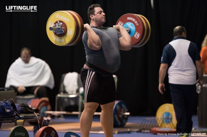 Iranian weightlifter Saeid Alihosseini training before the 107 World Championships