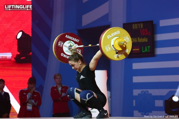 Latvian Weightlifter Rebeka Koha snatching 103kg at the 2018 World Championships