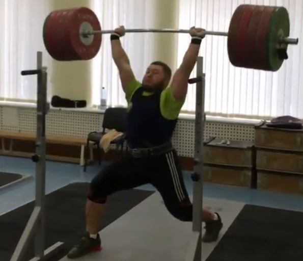 Andrei Aramnau jerks 240 kg two weeks before the 2019 European Weightlifting Championships