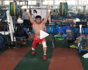 Chinese Weightlifter Chen Lijun clean and jerking 180 kg in training
