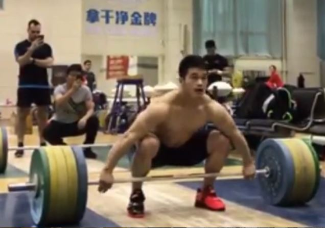The Shi Zhiyong Show | 171 kg Snatch at 73 kg | Weightlifting House