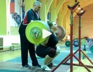 Weightlifting World Champion Tatiana Kashirina Back Squats 200 kg for a set of 8