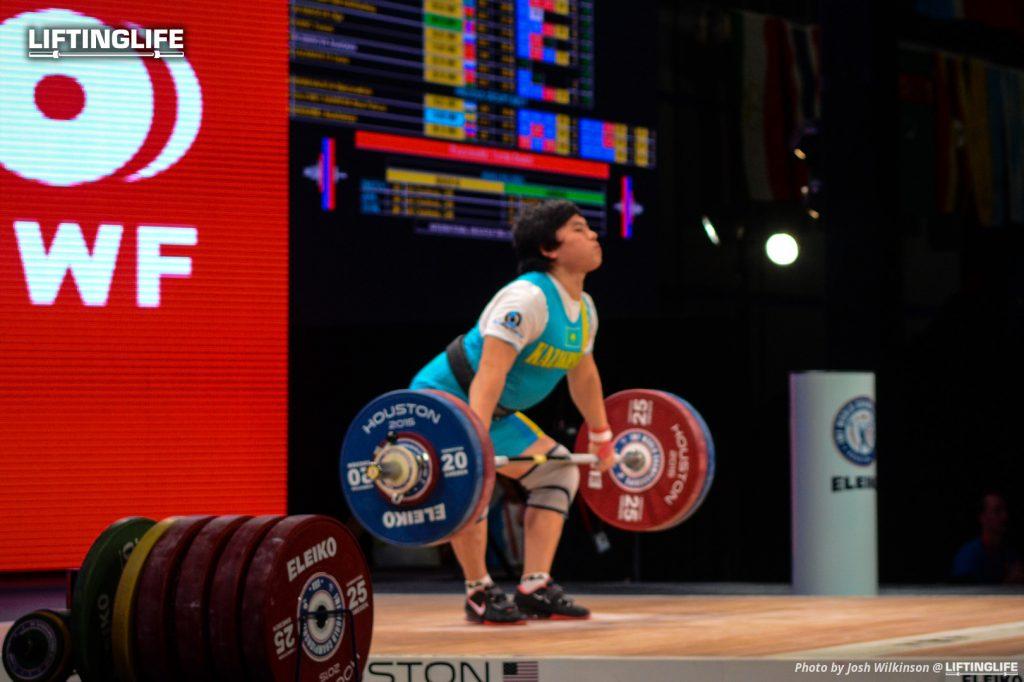 Kazakhstanweightlifter Zhazira Zhapparkul snatching 116 kg at the 2015 Weightlifting World Championships