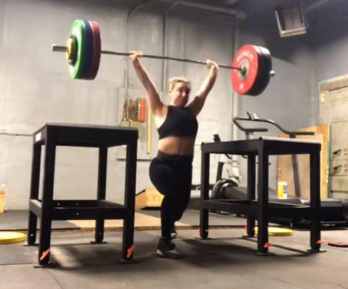 American Weightlifter Kate Nye Jerks 142 kg off the blocks