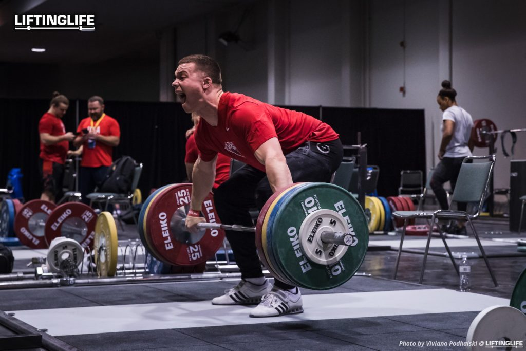Ian Wilson performing a snatch pull with 170kg at the 2017 Weightlifting World Championships